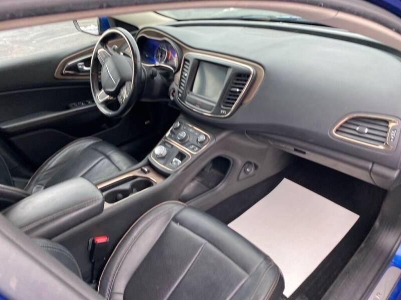 2015 Chrysler 200 C 4dr Sedan - Canton OH