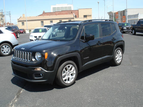 2017 Jeep Renegade for sale at Shelton Motor Company in Hutchinson KS