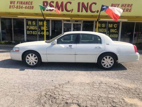 2005 Lincoln Town Car for sale at Ron Self Motor Company in Fort Worth TX