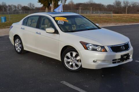 2010 Honda Accord for sale at GLADSTONE AUTO SALES    GUARANTEED CREDIT APPROVAL in Gladstone MO