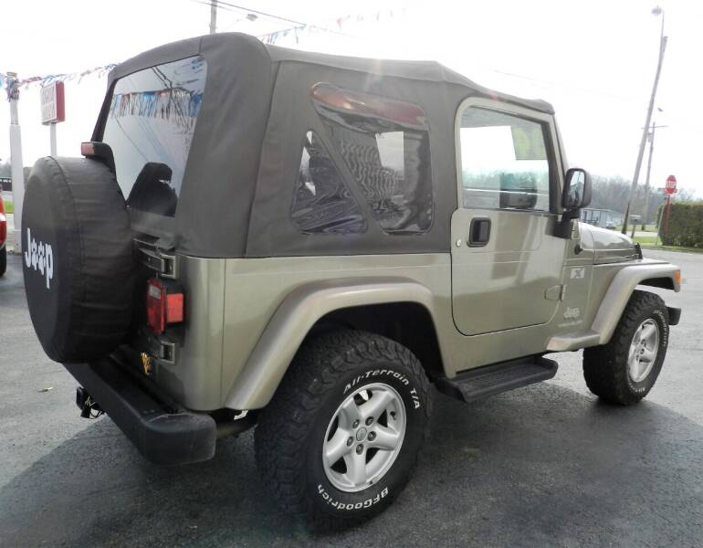 2004 Jeep Wrangler 2dr X 4WD SUV - Russellville OH