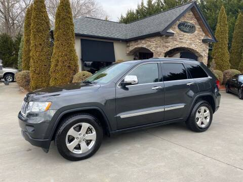 2011 Jeep Grand Cherokee for sale at Hoyle Auto Sales in Taylorsville NC