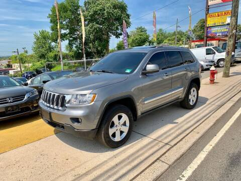 2012 Jeep Grand Cherokee for sale at JR Used Auto Sales in North Bergen NJ