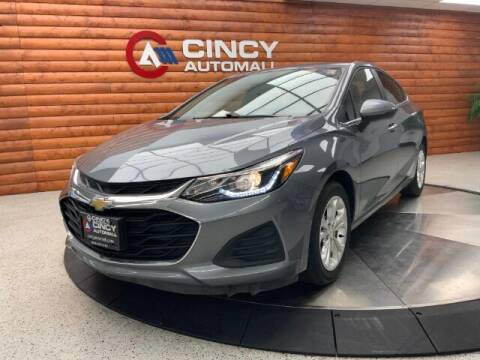 2019 Chevrolet Cruze for sale at Dixie Motors in Fairfield OH