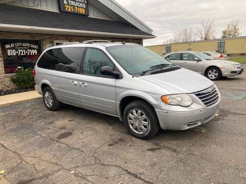 2005 Chrysler Town and Country for sale at Imlay City Auto Sales LLC. in Imlay City MI