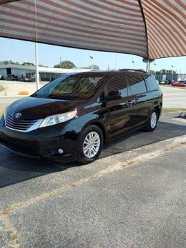 2015 Toyota Sienna for sale at Quality Toyota in Independence KS