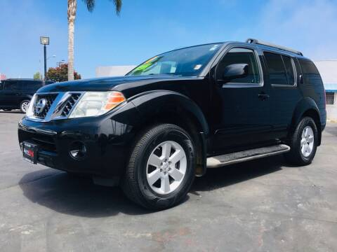 2011 Nissan Pathfinder for sale at Auto Max of Ventura in Ventura CA