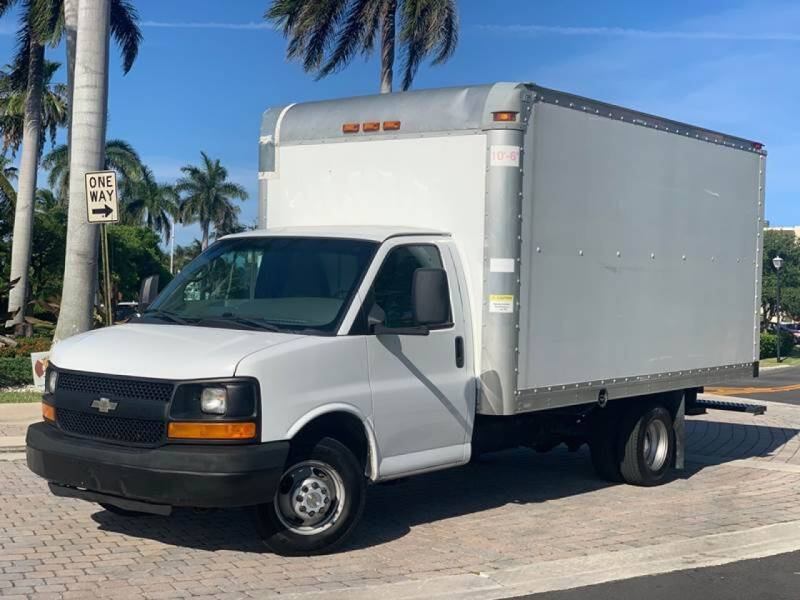 2013 Chevrolet Express Cutaway for sale at Citywide Auto Group LLC in Pompano Beach FL