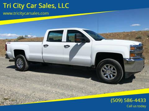 2015 Chevrolet Silverado 2500HD for sale at Tri City Car Sales, LLC in Kennewick WA