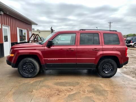2014 Jeep Patriot for sale at TnT Auto Plex in Platte SD
