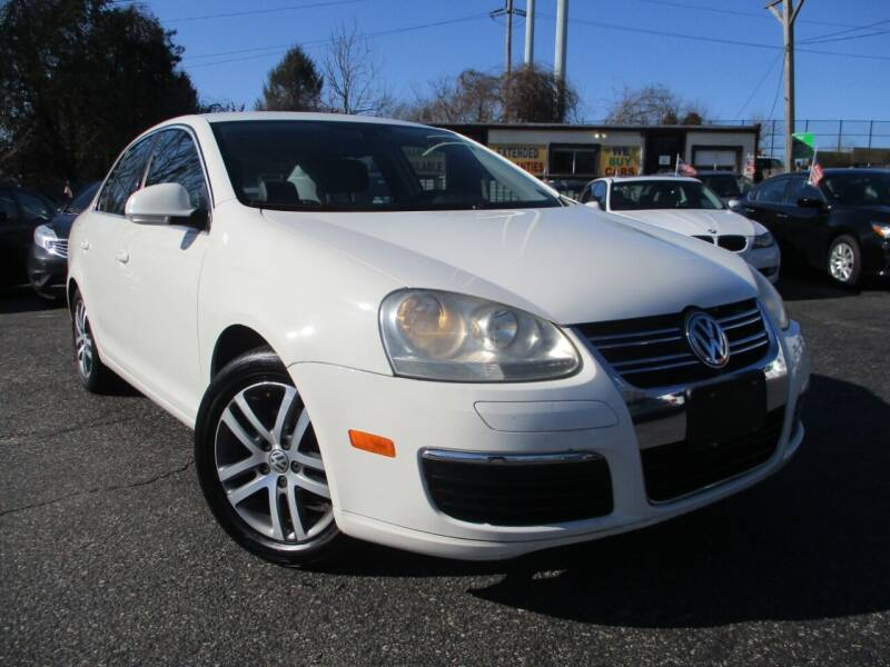 2005 Volkswagen Jetta for sale at Unlimited Auto Sales Inc. in Mount Sinai NY