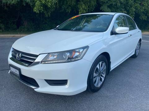 2013 Honda Accord for sale at Robinson Motorcars in Hedgesville WV