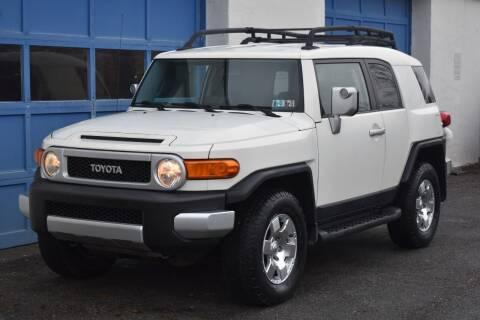 2010 Toyota FJ Cruiser for sale at IdealCarsUSA.com in East Windsor NJ