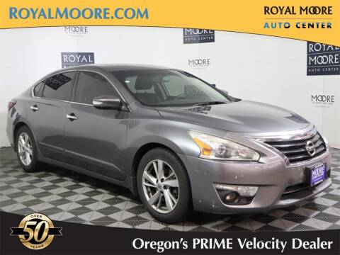 2014 Nissan Altima for sale at Royal Moore Custom Finance in Hillsboro OR