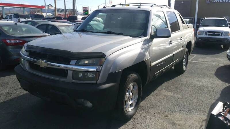 2004 Chevrolet Avalanche for sale at ABC AUTO CLINIC - Chubbuck in Chubbuck ID