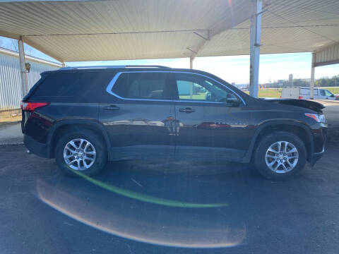 2018 Chevrolet Traverse for sale at B & W Auto in Campbellsville KY