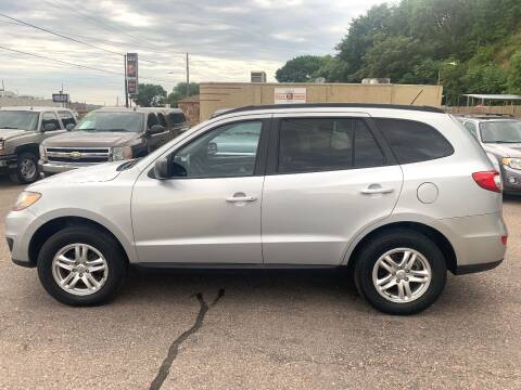 2010 Hyundai Santa Fe for sale at Iowa Auto Sales, Inc in Sioux City IA