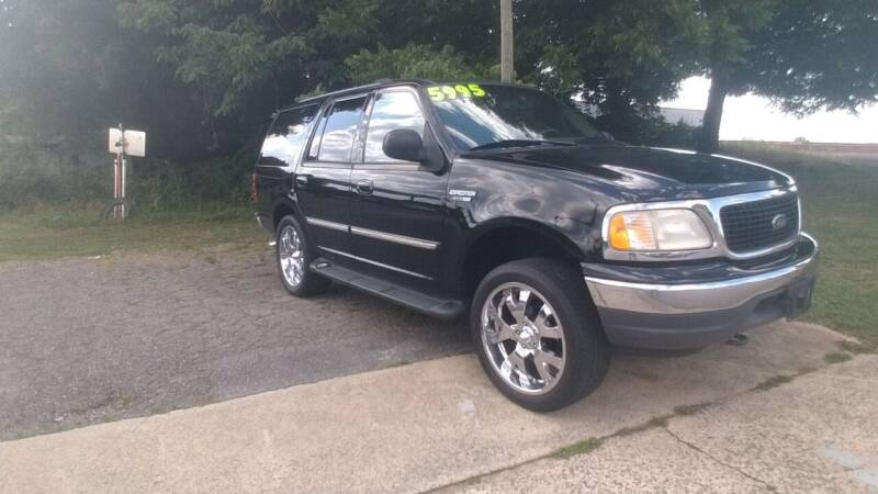 2000 Ford Expedition for sale at IMPORT MOTORSPORTS in Hickory NC