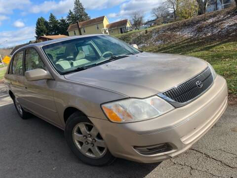 2000 Toyota Avalon for sale at Trocci's Auto Sales in West Pittsburg PA