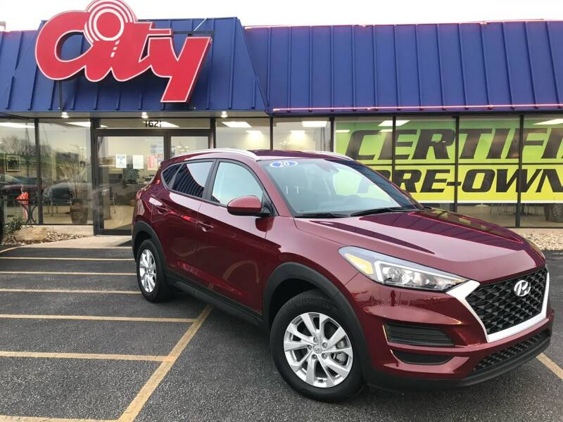 2020 Hyundai Tucson for sale at CITY SELECT MOTORS in Galesburg IL