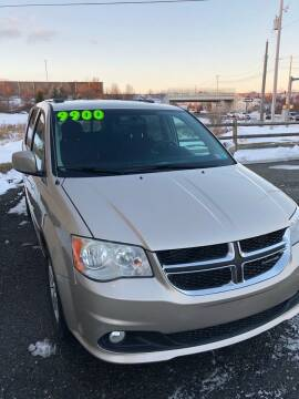 2013 Dodge Grand Caravan for sale at Cool Breeze Auto in Breinigsville PA