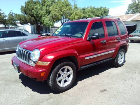 2005 Jeep Liberty for sale at Larry's Auto Sales Inc. in Fresno CA