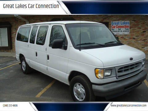 2002 Ford E-Series Wagon for sale at Great Lakes Car Connection in Metamora MI