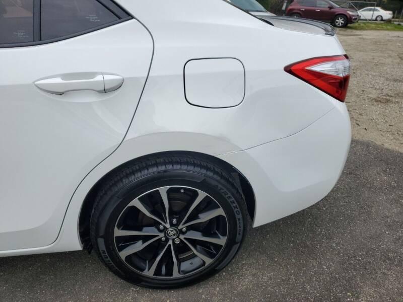 2015 Toyota Corolla LE Plus 4dr Sedan - Freeport NY