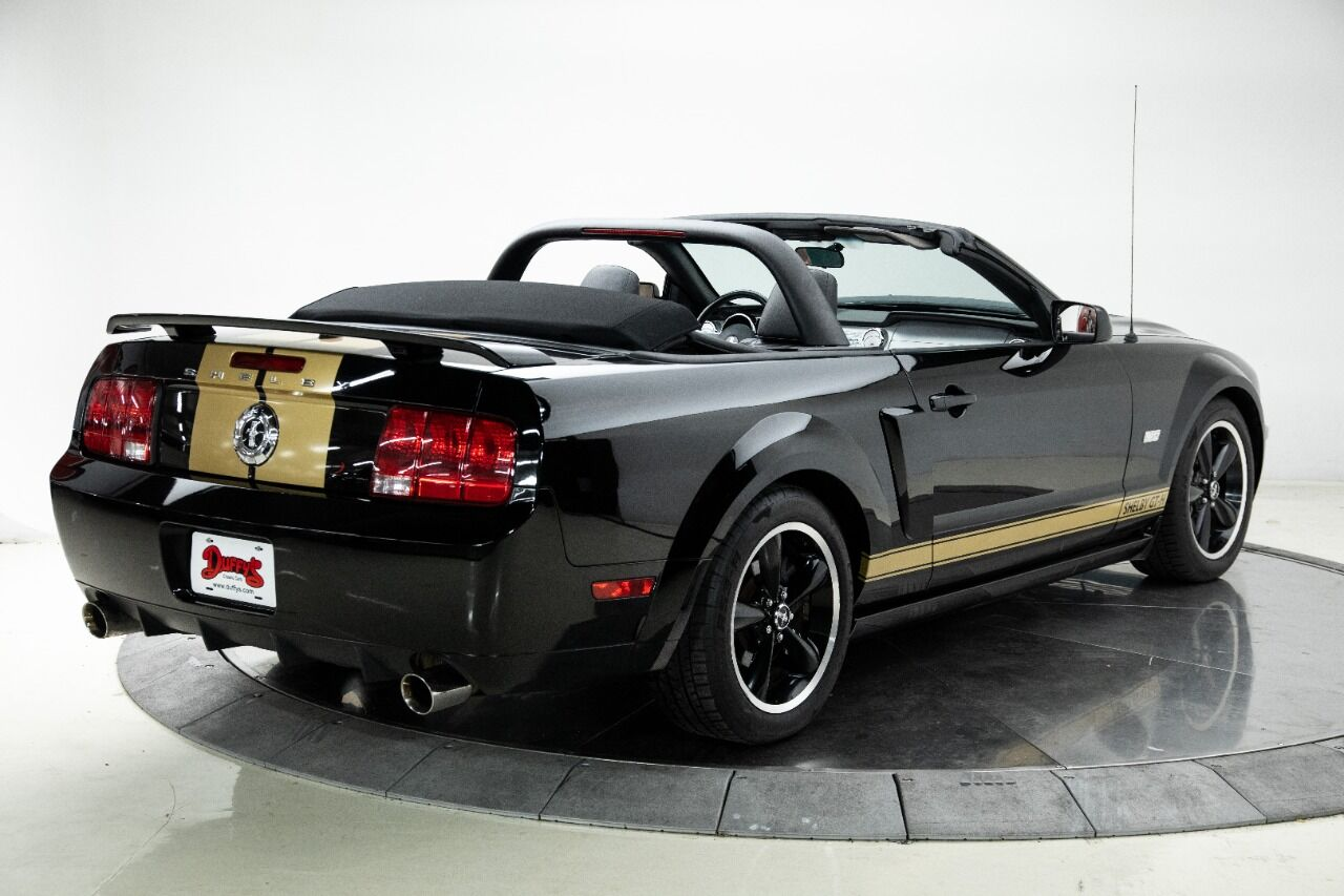 2007 Ford Mustang 12