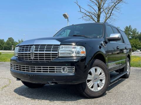 2008 Lincoln Navigator for sale at MAGIC AUTO SALES in Little Ferry NJ