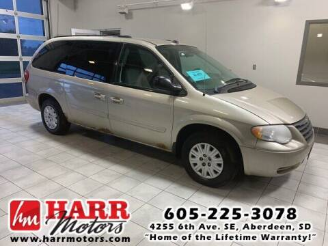2005 Chrysler Town and Country for sale at Harr Motors Bargain Center in Aberdeen SD