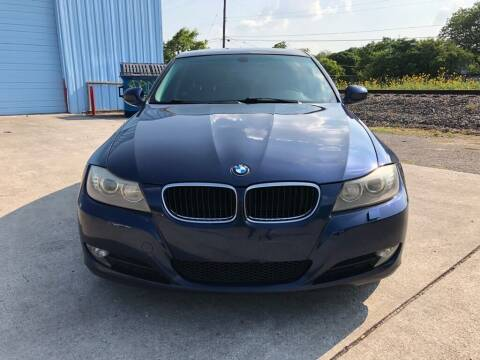 2011 BMW 1 Series for sale at Carzready in San Antonio TX