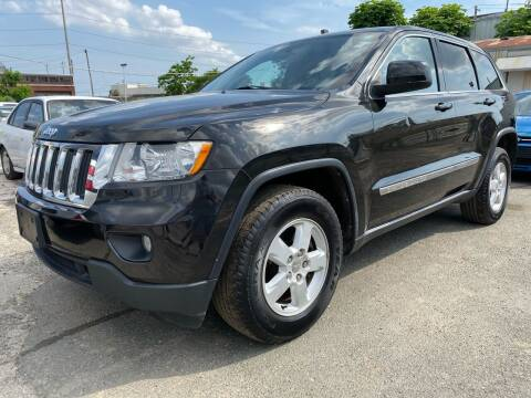 2013 Jeep Grand Cherokee for sale at Philadelphia Public Auto Auction in Philadelphia PA