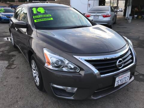 2014 Nissan Altima for sale at CAR GENERATION CENTER, INC. in Los Angeles CA