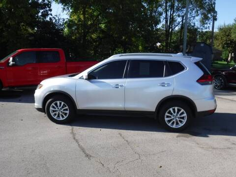 2017 Nissan Rogue for sale at Dave's Car Corner in Hartford City IN