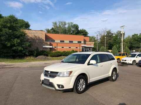 2014 Dodge Journey for sale at DILLON LAKE MOTORS LLC in Zanesville OH