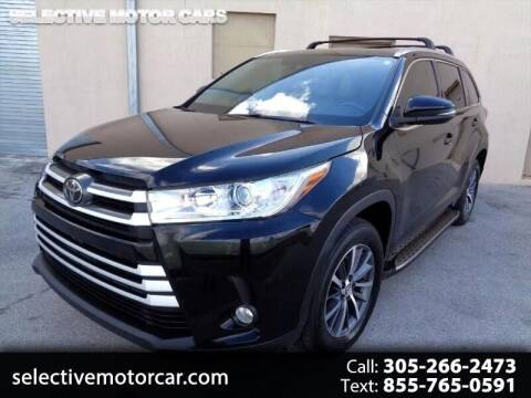 2018 Toyota Highlander for sale at Selective Motor Cars in Miami FL