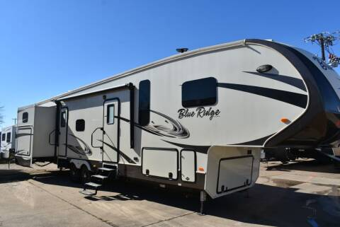2018 Forest River Blue Ridge 3720BH for sale at Buy Here Pay Here RV in Burleson TX