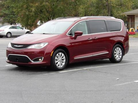 2018 Chrysler Pacifica for sale at Access Auto in Kernersville NC