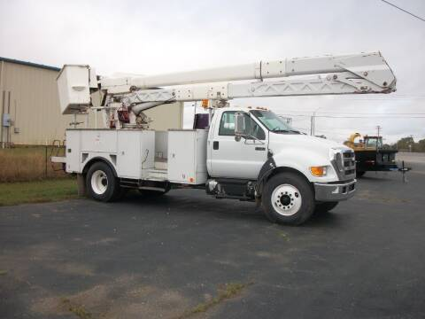 2007 Ford F750 Bucket Truck for sale at Classics Truck and Equipment Sales in Cadiz KY