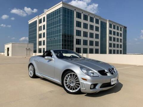 2005 Mercedes-Benz SLK for sale at SIGNATURE Sales & Consignment in Austin TX