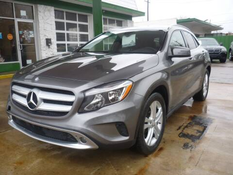 2015 Mercedes-Benz GLA for sale at Auto Outlet Inc. in Houston TX