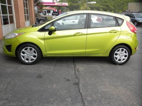 2011 Ford Fiesta for sale at D & B Auto Sales & Service in Martinsville VA