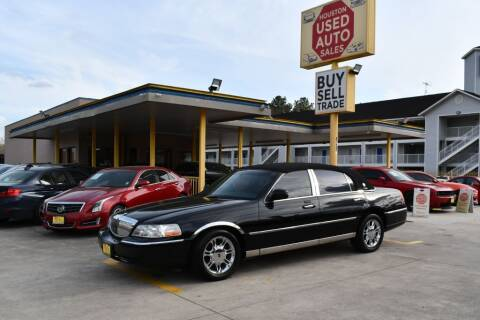 2009 Lincoln Town Car for sale at Houston Used Auto Sales in Houston TX