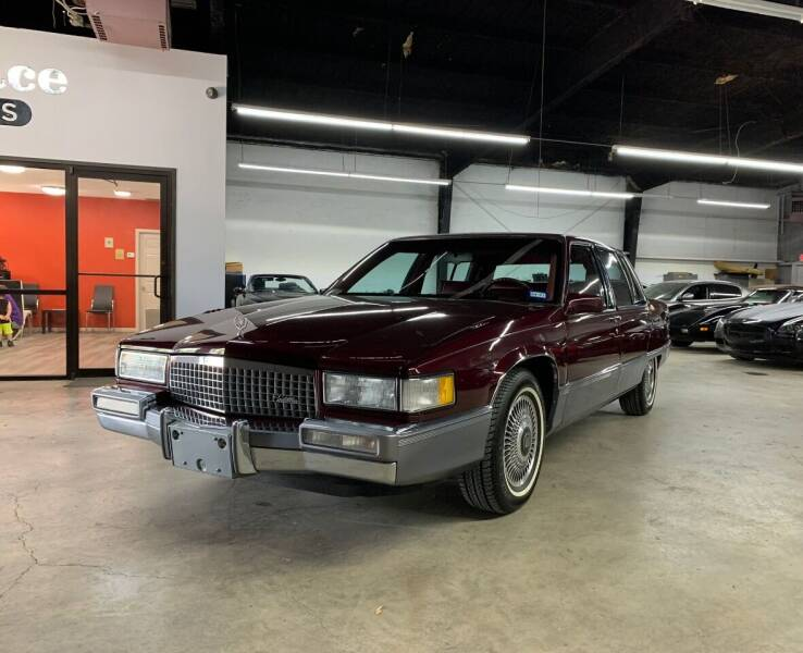 1990 Cadillac Fleetwood for sale at PARK PLACE AUTO SALES in Houston TX