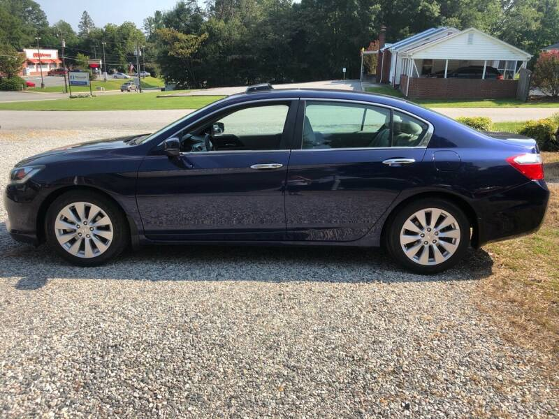 2013 Honda Accord for sale at Venable & Son Auto Sales in Walnut Cove NC