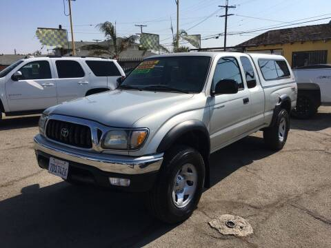 2003 Toyota Tacoma for sale at JR'S AUTO SALES in Pacoima CA