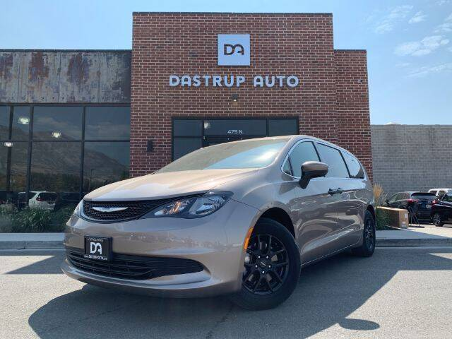 2018 Chrysler Pacifica for sale at Dastrup Auto in Lindon UT