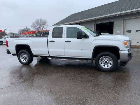 2015 GMC Sierra 3500HD for sale at Steffes Motors in Council Bluffs IA