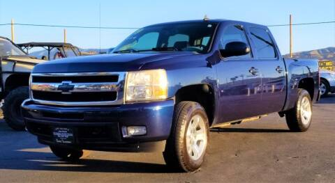 2009 Chevrolet Silverado 1500 for sale at Vehicle Liquidation in Littlerock CA